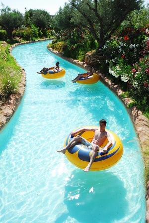Oasiria water park marrakech marrakech xanthe pat for Aqua piscine otterburn park